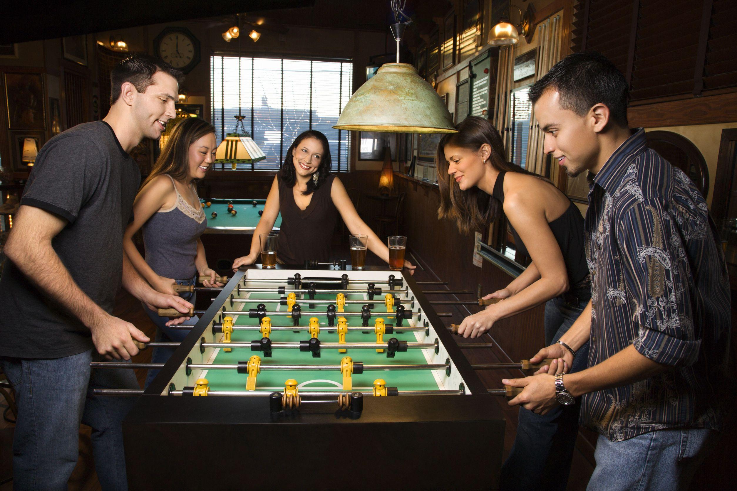 A csocsóasztal fajtái és játékstratégiák